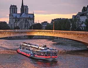 A ride on the Seine: A true moment of happiness