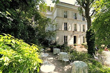 10 good deals on quiet Parisian terraces